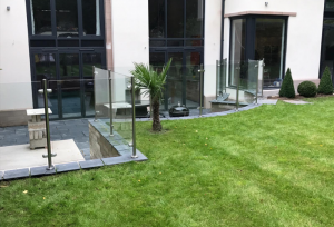 Laminated Glass in Garden