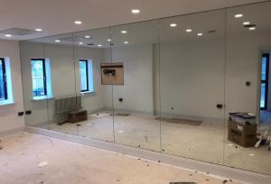 Laminated Glass Mirrored Wall